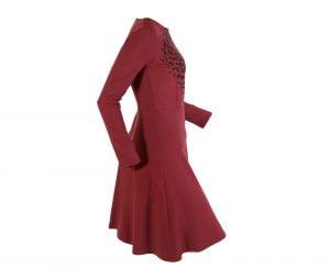 kokybiška lengvai plazdanti suknelė surginas
