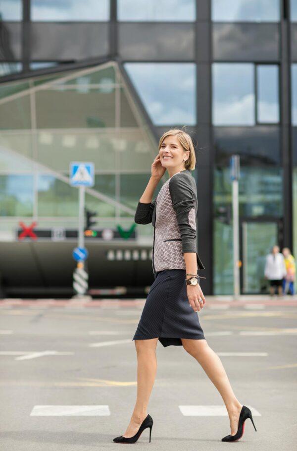 Moteriškas švarkas stilingai moteriai internetu - Tauri Look