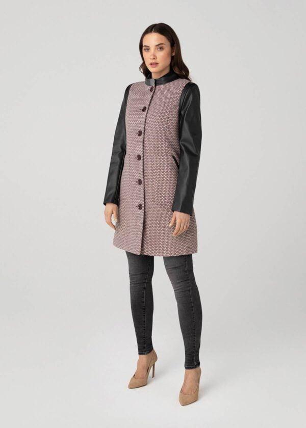 Užsegamas paltas rudeniui su tamsiomis rankovėmis - Tauri Look
