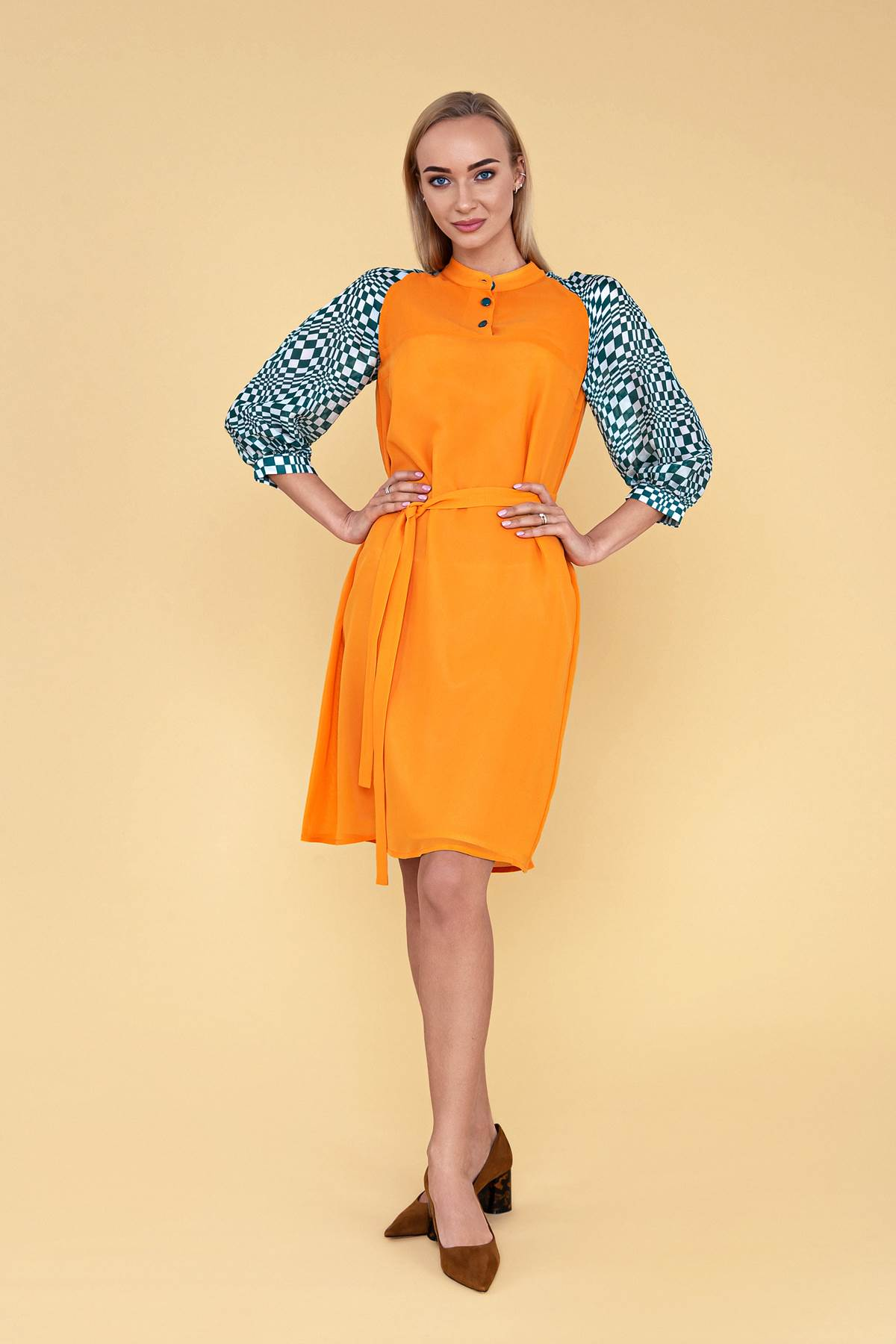 Garstyčių spalvos šilkinė suknelė - Tauri Look