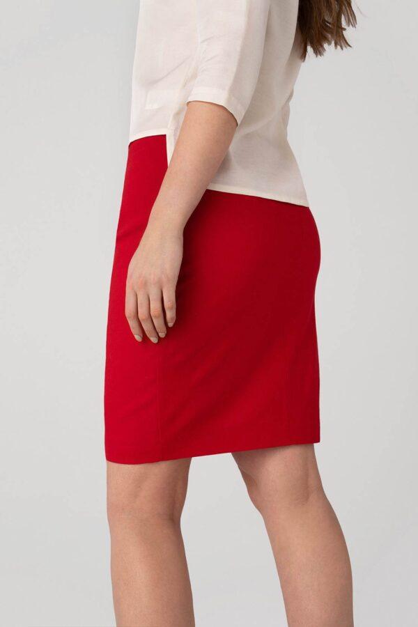 Klasikinis raudonas sijonas vasarai - Tauri Look