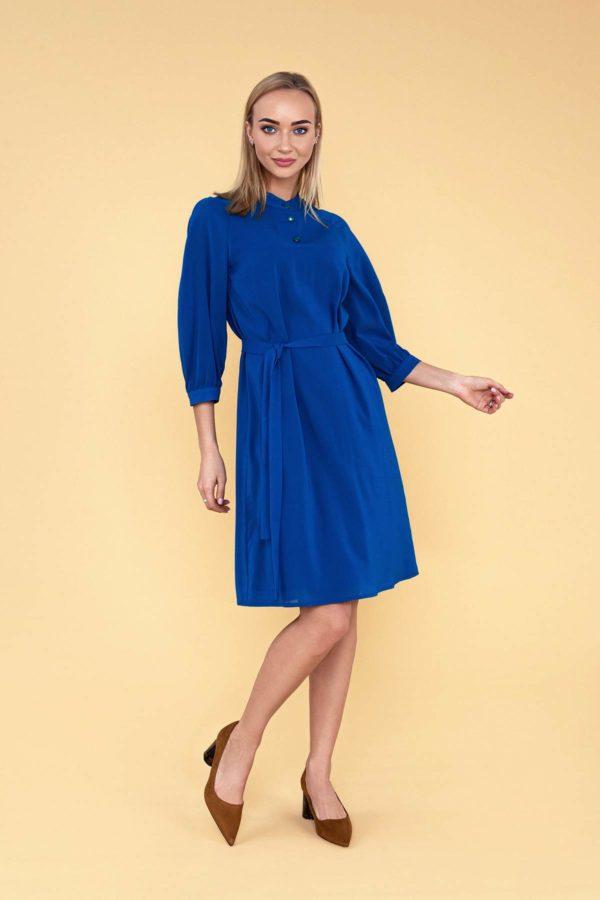 Mėlyna šilkinė suknelė vasarai
