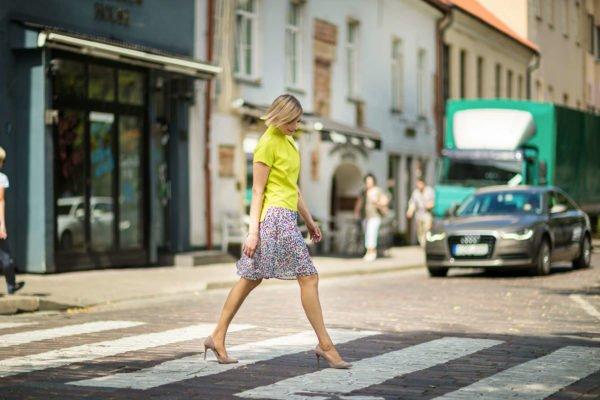 Salotinė palaidinė vasarai - Tauri Look stilinga palaidinė internetu