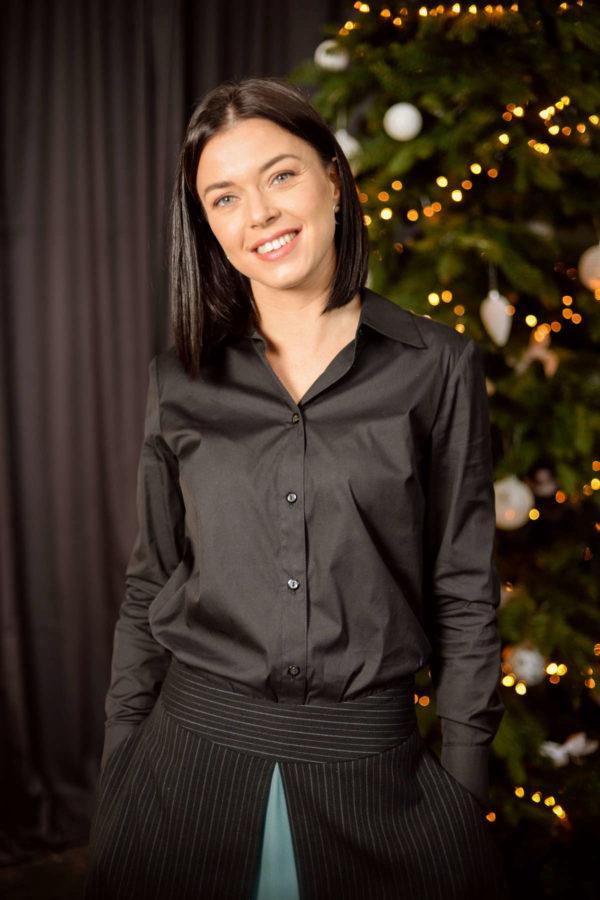 Klasikiniai moteriški marškiniai su platėjančiu sijonu - Tauri Look