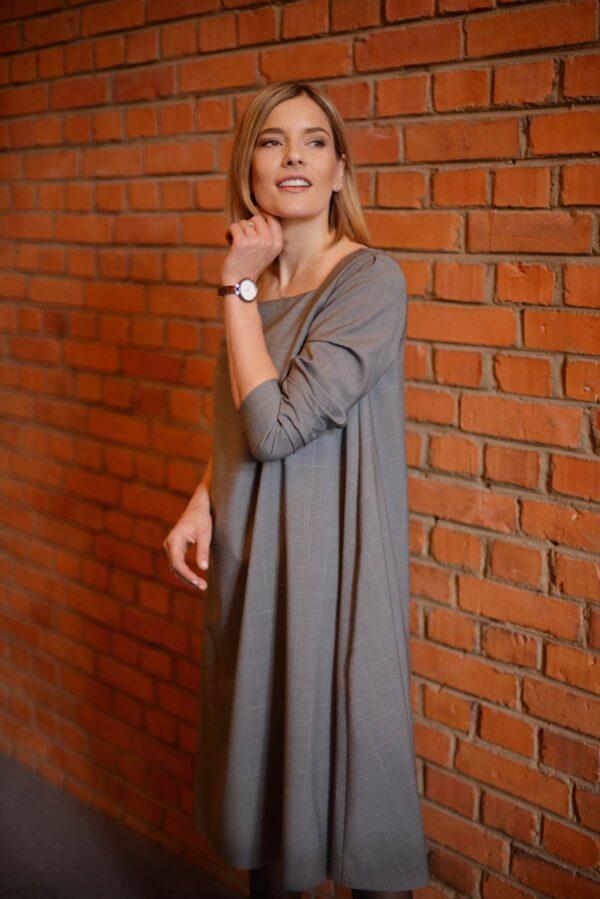 Pilka vilnonė suknelė žiemai ilgomis rankovėmis - Tauri Look