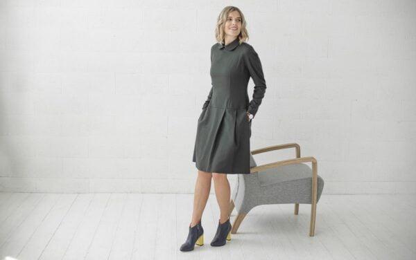 Suknelė su paslėptomis kišenėmi sijone