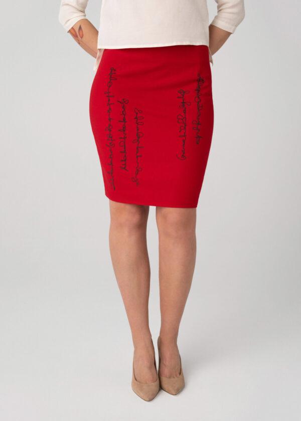 Raudonas sijonas Tauri look